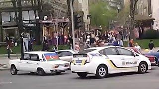 Азеры избили прохожих на Крещатике за замечание 09.04.2016