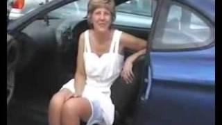 getlinkyoutube.com-Mature upskirt in a car.