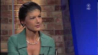 getlinkyoutube.com-Sahra Wagenknecht bei Pelzig hält sich