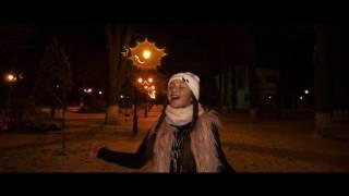 getlinkyoutube.com-Diandra Bancu -Din ceruri ninge alb   (cover Andra)