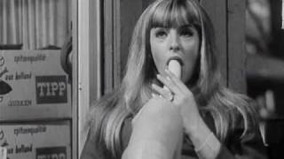 getlinkyoutube.com-Schamlos - Austrian '68 Film Clip