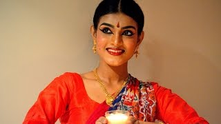 getlinkyoutube.com-Bharatanatyam Makeup, Indian classical Dance Makeup ( Full Face with Foundation, Highlight)