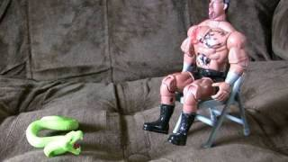 ultra-cheap action figures: wrestlers etc