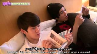 getlinkyoutube.com-【SUB ESPAÑOL】 ROOKIESNEWS Reportero Doyoung ft Jaehyun y Taeyong