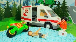 getlinkyoutube.com-Мультики для детей.СКОРАЯ ПОМОЩЬ и Спасательная машина в мультике ВЫХОДНОЙ ДЕНЬ.Мультики про машинки