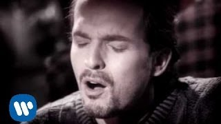 getlinkyoutube.com-Miguel Bose - Si Tu No Vuelves (Video Oficial)