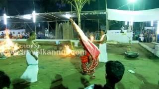 getlinkyoutube.com-Bhairavan Theyyam @ Kalariyal Bhagavathy Kavu  (Travel Kannur Kerala Videos)