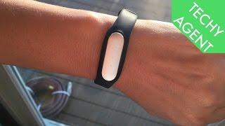 getlinkyoutube.com-Xiaomi Mi Band - Full Hands-On Review