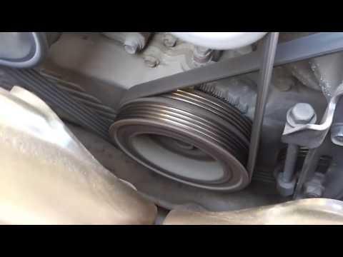 Люфт шкива коленвала Subaru Forester SF5