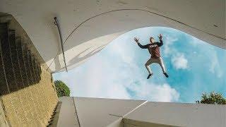 Insane Parkour and Freerunning Stunts 2018