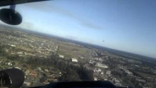 getlinkyoutube.com-VH-CON Piper Twin Comanche  Landing at YSHT on Runway 18