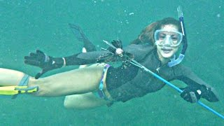 getlinkyoutube.com-Nicole Freediving Hollywood Beach & Dania EuroJacks/ Spearfish Lion Fish! Turtle, Lobster, Shark! HD