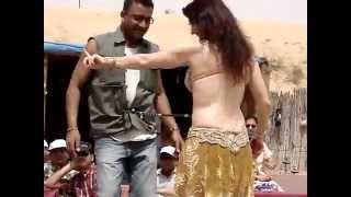 getlinkyoutube.com-Sexy Belly Dance In Desert Dubai