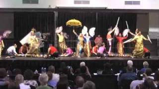 getlinkyoutube.com-Philippines (Champion Team) - 2009 World Culture Folk Dance Competition
