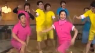 getlinkyoutube.com-Song Ji Hyo dancing Twist King and Black Cat in RM