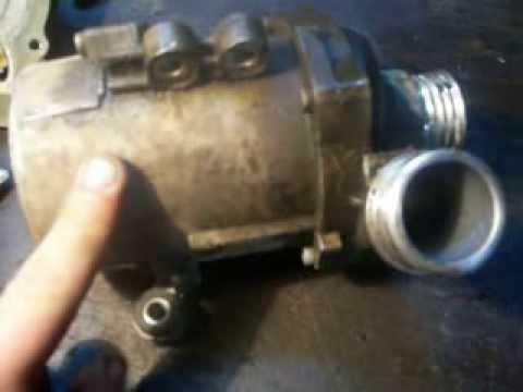 Электроуправляемый водяной насос системы охлаждения ДВС на BMW N52K 2.5 SI