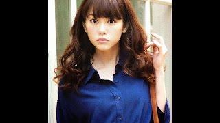 getlinkyoutube.com-【衝撃】桐谷美玲の大学卒業式画像