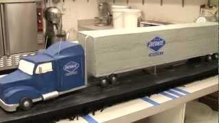 getlinkyoutube.com-Overnite Truck Time Lapse - Cakes By Graham