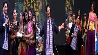 getlinkyoutube.com-Sushant Singh Rajput promotes 'Detective Byomkesh Bakshy' at Somaiya College in Mumbai