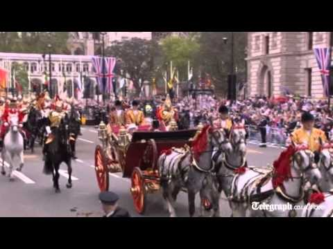 Diamond Jubilee: Million cheer Queen's carriage procession