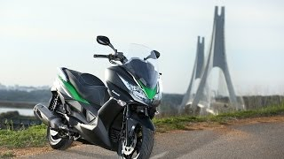 getlinkyoutube.com-Essai Kawasaki J300 ABS 2014 : Du fun pour les commuters !
