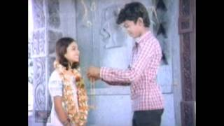 getlinkyoutube.com-Young Actor Vijay (Vasantha Raagam - 1986)