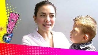 getlinkyoutube.com-Nikita Mirzani Eksploitasi Anak - Cumicam 26 Agustus 2015