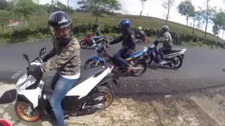 getlinkyoutube.com-#6 Daily Ride Stories: Sunmori Lembang w/ Helmet Lovers Priangan (Motovlog, Indonesia)