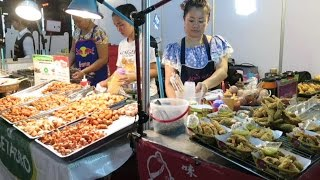 getlinkyoutube.com-Bangkok Street Food. Night and Day Around the Stalls in the Markets. Thailand