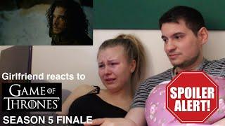 getlinkyoutube.com-Girlfriend reacts to Game of Thrones Season 5 Finale