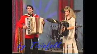 getlinkyoutube.com-COME UNA FAVOLA valzer di Barbara LUCCHI e MASSIMO VENTURI Allo show di RENZO E LUANA   Attenti a quei due del 07 marzo 1994