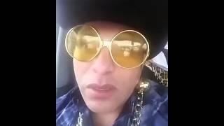 getlinkyoutube.com-Gay despechado Juan Gabriel segunda parte