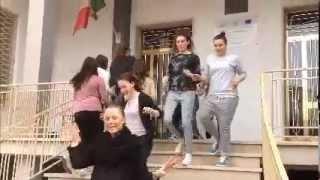 getlinkyoutube.com-We are Happy - IPSS De Lilla Conversano