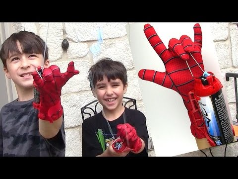 The Amazing Spider-man 2 Mega Blaster Web Shooter with Glove!