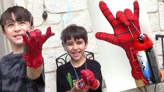 getlinkyoutube.com-The Amazing Spider-man 2 Mega Blaster Web Shooter and Glove with Robert-Andre and William-Haik!