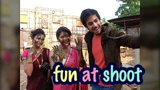 getlinkyoutube.com-Fun and Masti amidst shoot  From the sets of Thapki Pyar Ki