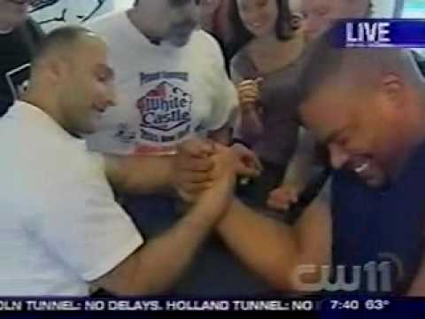 Funny and Exciting Man vs Women Match - NEW YORK ARM WRESTLING TELEVISION - NYCARMS.COM