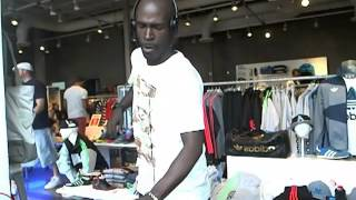 getlinkyoutube.com-MASTER DJ TONY SOUL - WMC 2013 - RADIO4BY4.COM - ADIDAS STORE - SOUTH BEACH - DEEP HOUSE