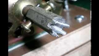 getlinkyoutube.com-Homemade Mini Wood Lathe 自製迷你木工車床