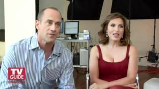 getlinkyoutube.com-Mariska Hargitay And Chris Meloni Kiss