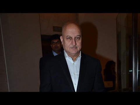 Nagesh Kuknoor, Pooja Bedi And Anupam Kher Attend NRI of The Year Awards