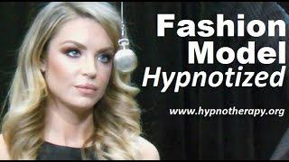 getlinkyoutube.com-Blonde Model hypnotized on live TV - Pocket watch induction, sleep trigger, jedi mind trick #NLP
