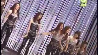 getlinkyoutube.com-[Perf]Chocolate Love + Gee (Remix) - SNSD (Girls Generation) @ 24th Golden Disk Award (HQ)