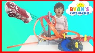 getlinkyoutube.com-Hot Wheels Spin Storm Track Set Toy Cars For Kids Racing Tracks Family Fun Ryan ToysReview