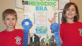 getlinkyoutube.com-Dinosaur Science Fair Project Mesozoic Era Tyrannosaurus Rex Triceratops Apatosaurus Velociraptor