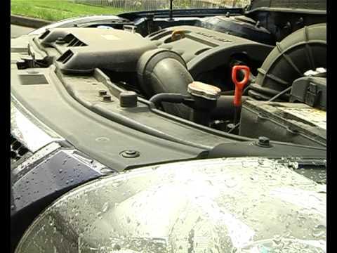 Где находится в Jaguar ХЖР щуп для проверки масла