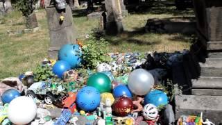 """getlinkyoutube.com-UN1ÓN Jalisco - tumba del niño """"Nachito"""" en el Panteón de Belén"""