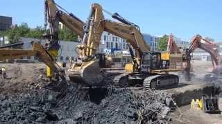 Cat 390F LME excavator AWR Abbruch removing big foundation.