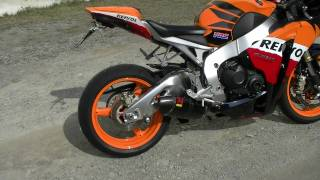 getlinkyoutube.com-Akrapovic Racing Line Carbon  HONDA  Fireblade CBR 1000 RR REPSOL INKL. DB KILLER