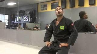 Renato Laranja gives advice to the Papasian Brothers